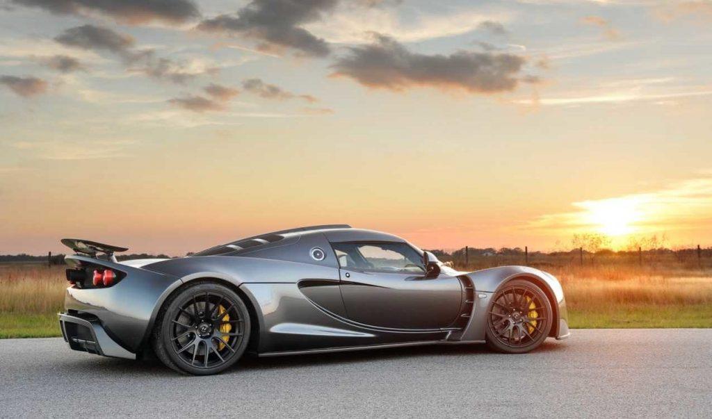 Siêu xe Hennessey Venom GT – 428km/h