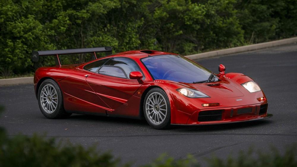 Siêu xe McLaren F1 – 388km/h