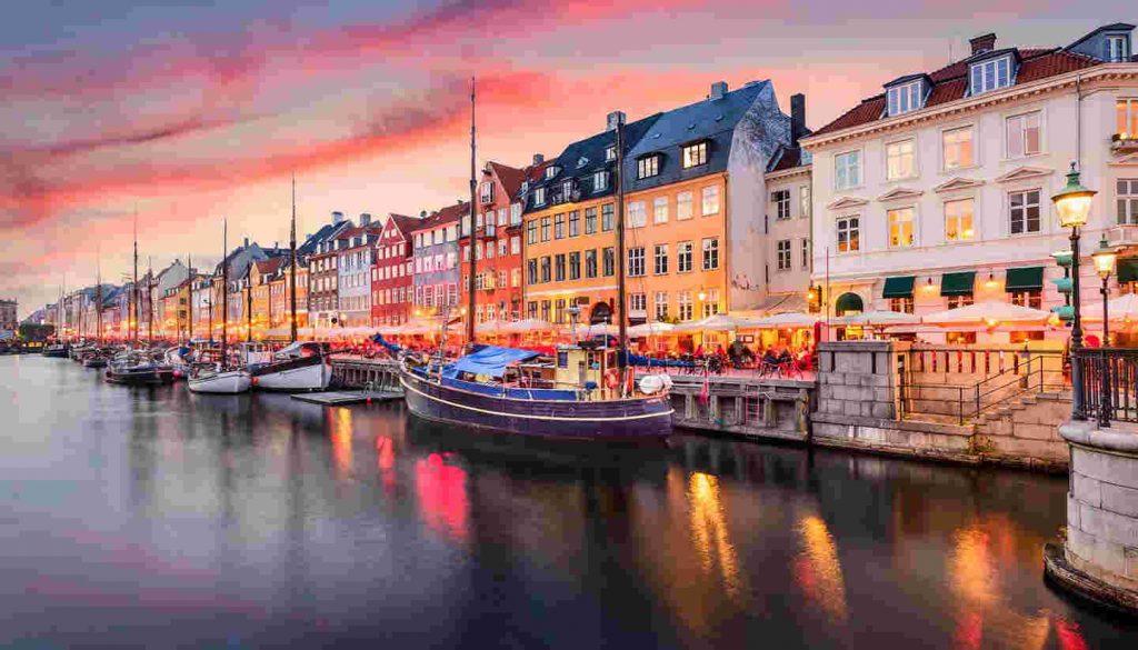 Quốc gia hạnh phúc thứ 3 thế giới Đan Mạch