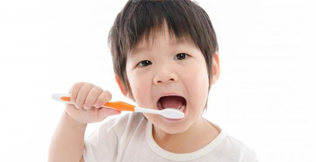 Vệ sinh răng miệng hằng ngày